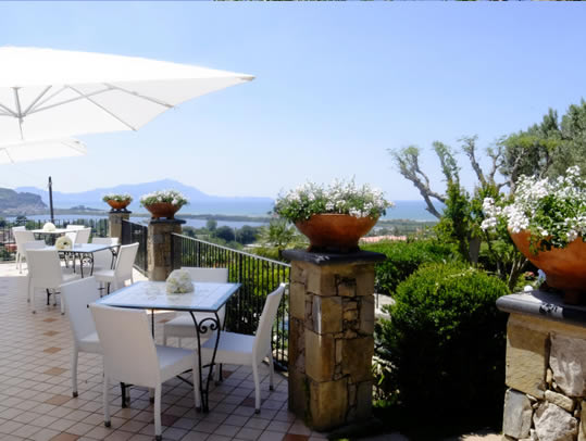 panorama dal giardino di villa gitana