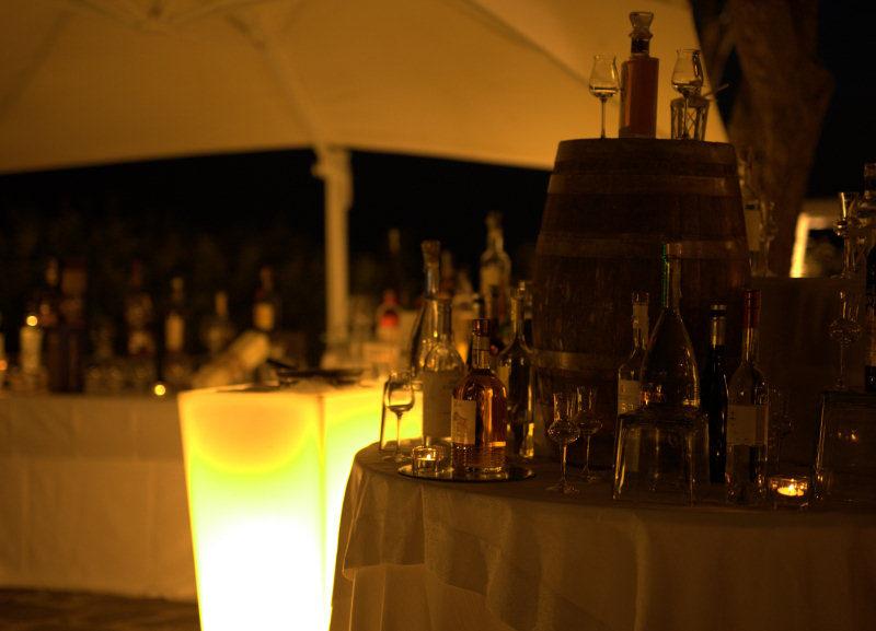 Sigari, liquori e cioccolato, cubano al matrimonio