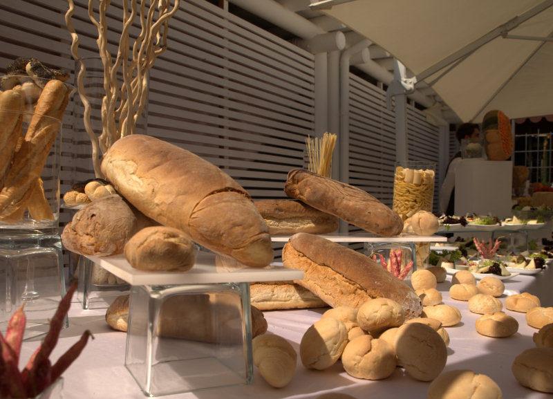 tavolo del pane a Villa Gitana